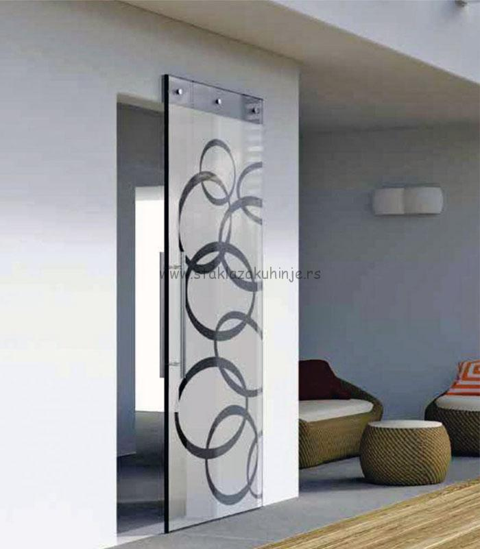 Staklena klizna vrata